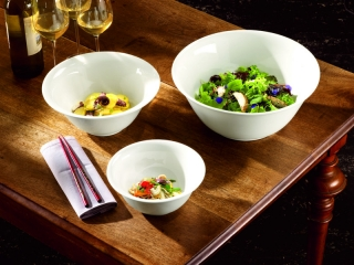 Salatiere din porțelan