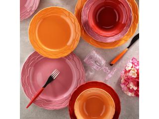 Platouri și farfurii din ceramică