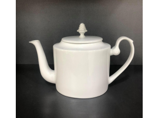 Ceainice  și vase pentru frișcă, zahăr și accesorii