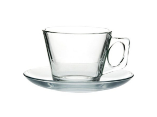 Glass cups and mugs